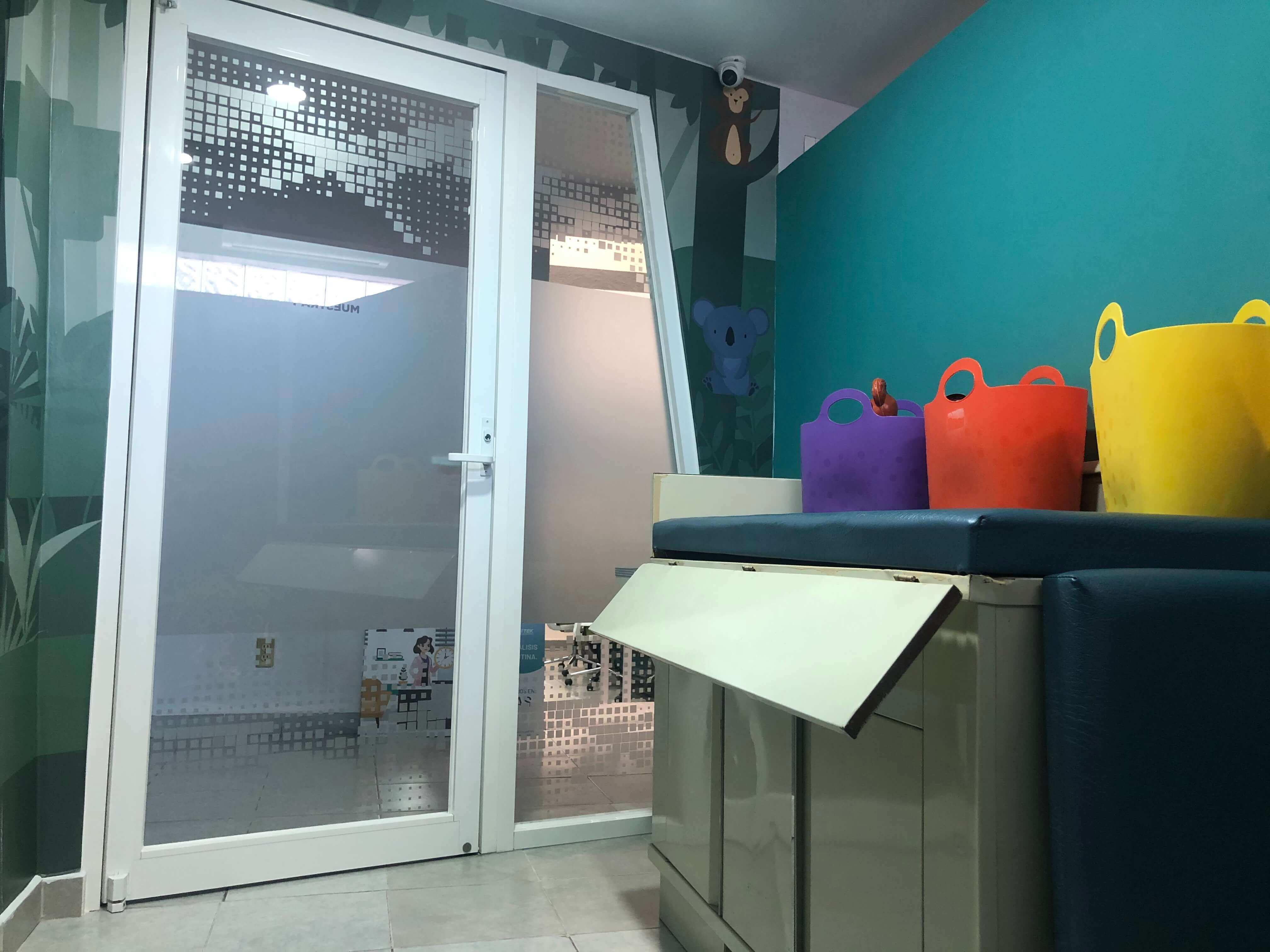 Laboratorio-biottek-area-pediatrica-alameda-cordoba-3.jpg